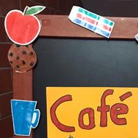 Willkommen im Café Pisa und bei Red Pen!